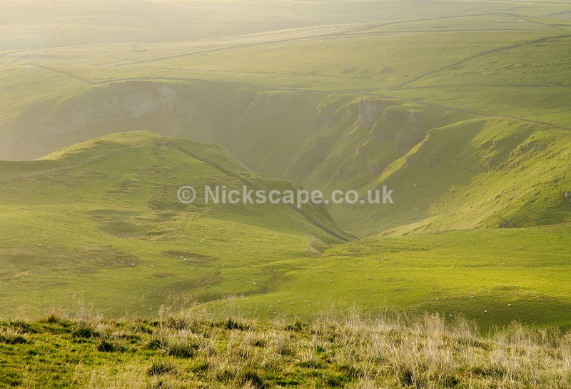 Winnats Pass at Dawn | Scenery from the Peak District National Park