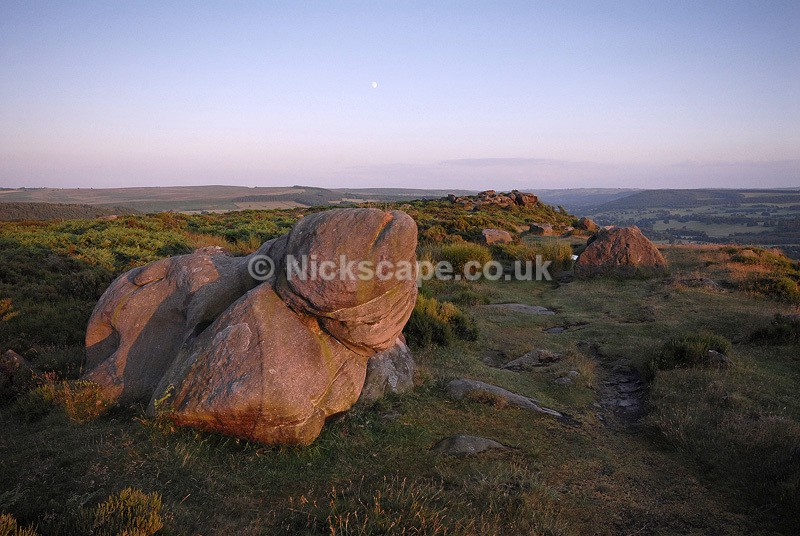 The Dog | Natural Rock Formation on Baslow Edge | Peak Park Photography