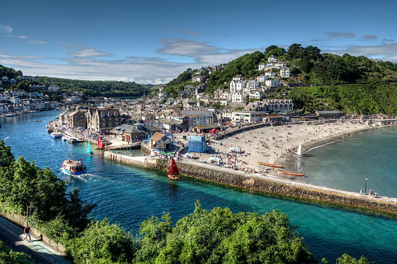 LO56 -Summer's day on the River Looe and Beach - Greetings Cards Looe