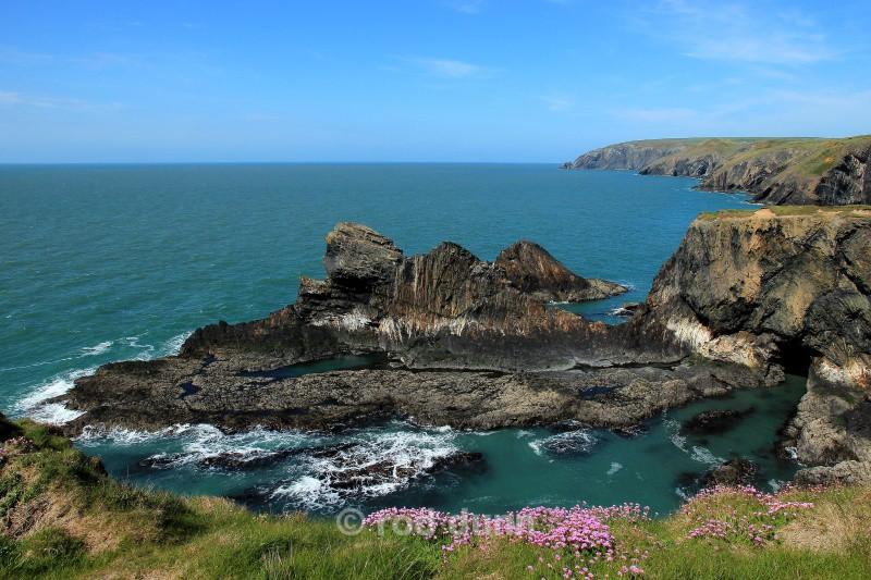 Ceibwr Bay - Wales