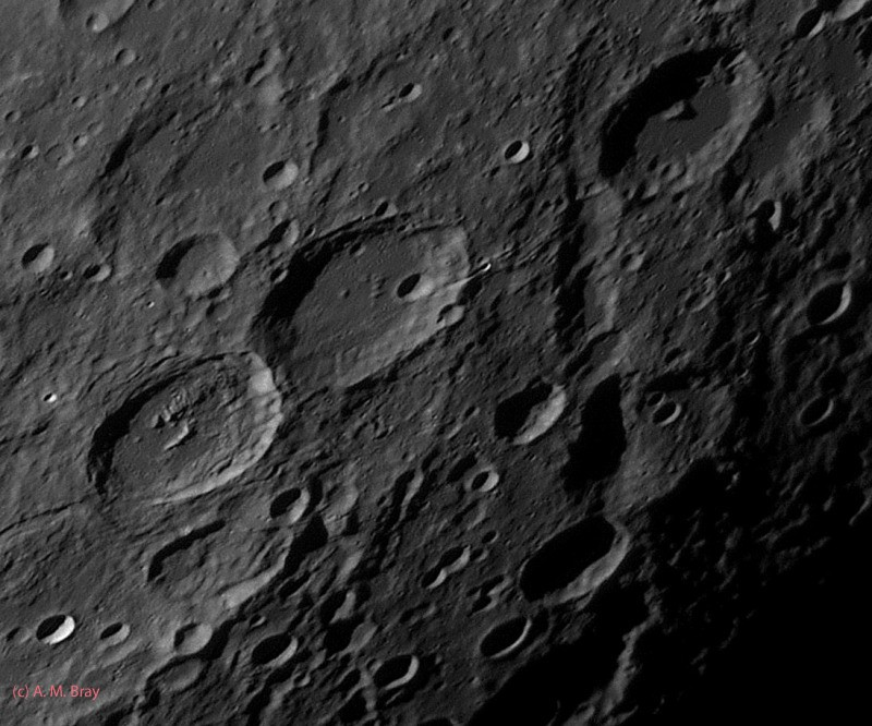 Vallis Rheita_R_13-05-28 03-40-55_PSE_R - Moon: South East Region
